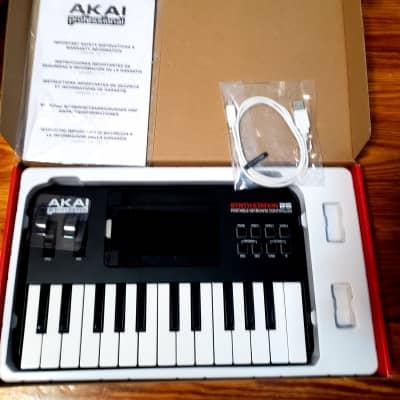 Akai SynthStation 25 iPad MIDI Keyboard Controller