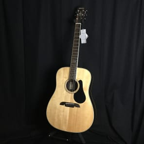 Alvarez AD70 Dreadnought Natural