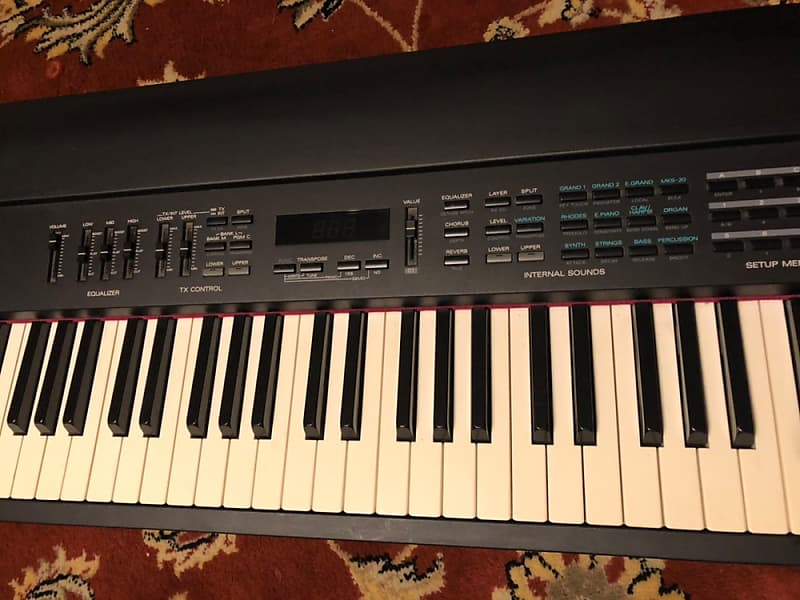 roland rd 500 digital piano keyboard 88 key reverb. Black Bedroom Furniture Sets. Home Design Ideas
