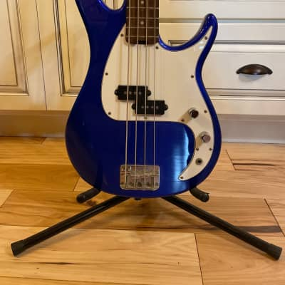 Peavey Milestone 4-String Electric Bass Gulf Coast Blue Sparkle for sale