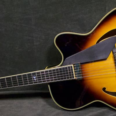 Peerless Monarch 40th Sunburst Archtop Guitar #4024 w original Peerless hard case for sale