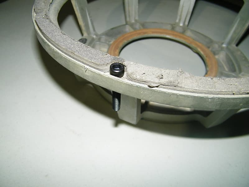 Cast Frame #10-32 Speaker Mounting Kit