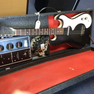 Silvertone  1448 guitar and tube amp in case 60's for sale