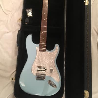 2002 Daphne Blue Tom Delonge Fender Stratocaster w/ Hardshell for sale