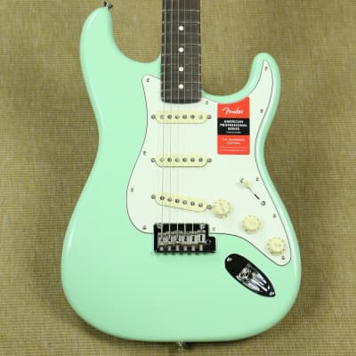 Fender American Professional Stratocaster - 2019 - Surf Green Limited Edition Rosewood w/Baked Maple