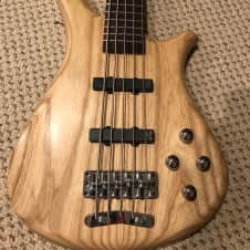 Warwick Fortress RB 5 strings active 2011  Natural