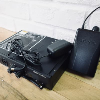 Shure PSM200 wireless IEM In-ear monitor system in excellent condition (church owned)