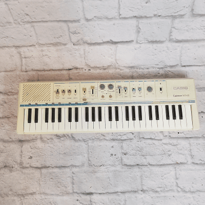 Casio MT-45 Casiotone 49-Key Synthesizer