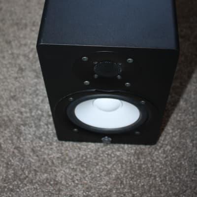 Powered Speakers   Reverb