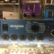 Behringer V-Amp Multi-Effects Guitar Effect Pedal