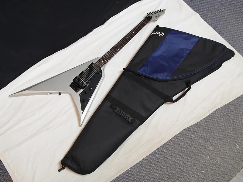 cort vx 2v electric guitar in metallic silver with gig bag reverb. Black Bedroom Furniture Sets. Home Design Ideas