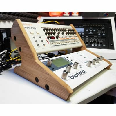 Synths & Wood Oak Veneered Dual Stand For Waldorf Blofeld Or Pulse 2 & Roland Boutique Series