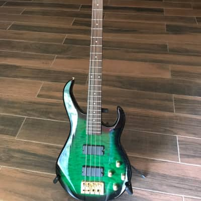 Morgan Monroe Electric Bass 2003 Green Burst for sale