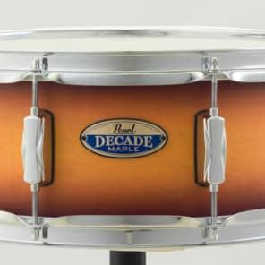 "Pearl Decade Maple 14""x5.5"" Snare Drum - Classic Satin Amburst"
