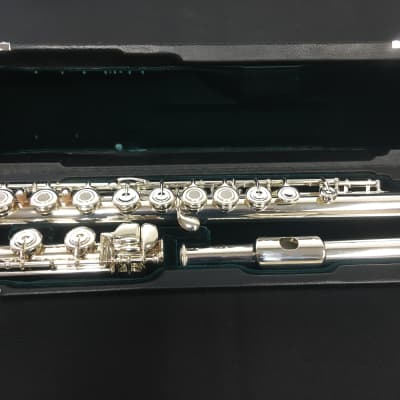 Azumi AZ2SRB Step-Up Flute (In-Store Demo)