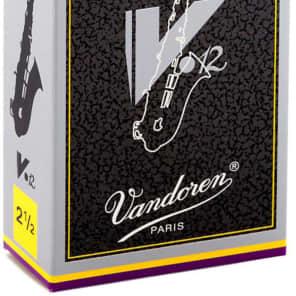 Vandoren SR6125 V12 Alto Saxophone Reeds - Strength 2.5 (Box of 10)