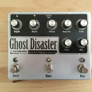 EarthQuaker Devices Ghost Disaster Black Hole Ambiance Generator 2010