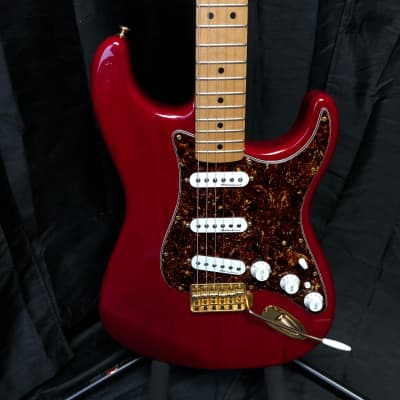 (8572) Fender Deluxe Players Strat 2004 for sale