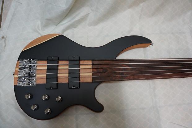 fretless bass guitar 6 string active pickups 2015 wood reverb. Black Bedroom Furniture Sets. Home Design Ideas