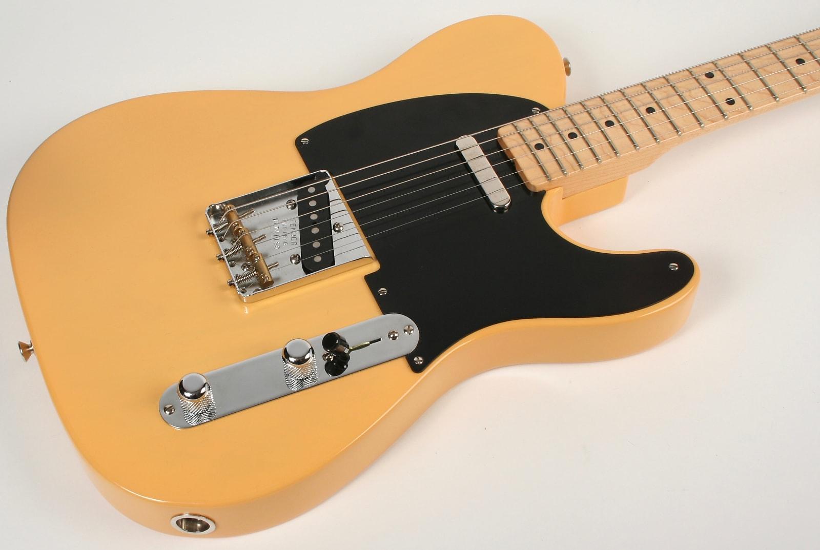 Fender '52 Reissue Telecaster Butterscotch Blonde Thin Skin Lollar Pickups