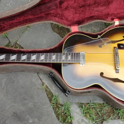 Extremely Rare Vintage 1948 Gibson National Aristocrat 1110  Arch top Jazz Guitar for sale
