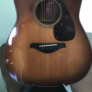 Yamaha FGX700SC-BS Cutaway Solid Spruce Top Acoustic/Electric Guitar Brown Sunburst