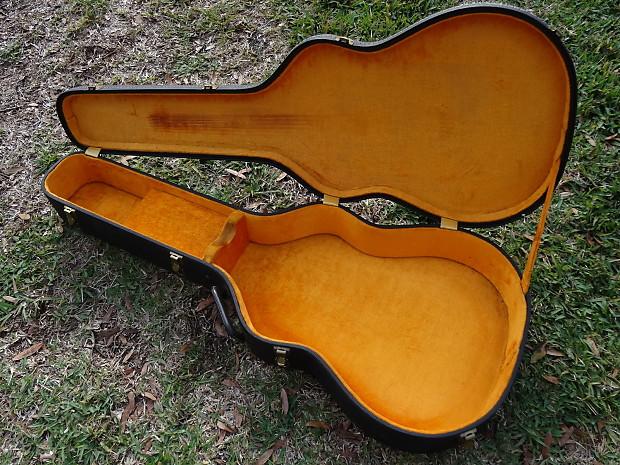 Gibson Acoustic Guitar Hardshell Case J-45 Dove Hummingbird 1960's  Black/Gold