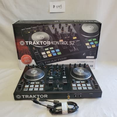 Native Instruments Traktor Kontrol S2 DJ Controller #1143 Great Used Condition