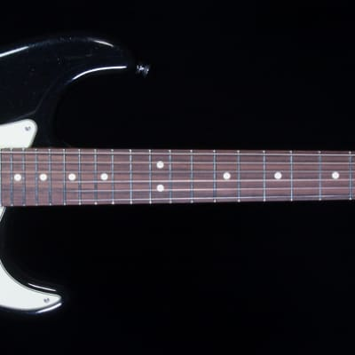 Fender American Deluxe Strat® Plus Mystic Black HSS Rosewood (541)