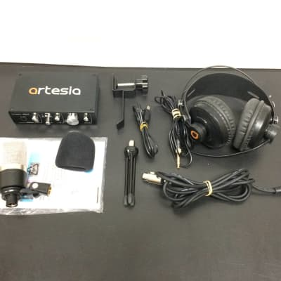 Artesia ARB-4 - Professional 24-bit USB Audio Interface Bundle Customer Return