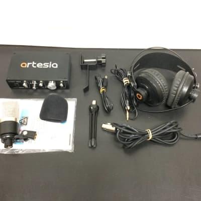 Artesia ARB-4 - Professional 24-bit USB Audio Interface Bundle Customer Return