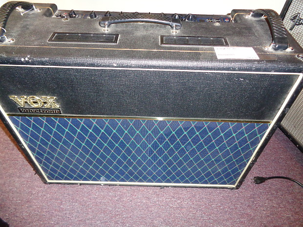 used vox ad120vt guitar combo amplifier with fx with vc4 reverb. Black Bedroom Furniture Sets. Home Design Ideas