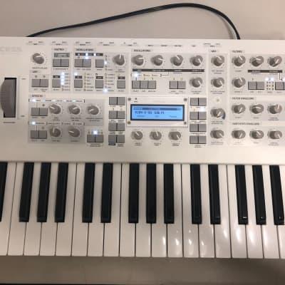 access virus ti polar 37 key digital synthesizer reverb. Black Bedroom Furniture Sets. Home Design Ideas