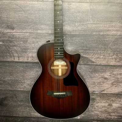 Taylor 322CE 12-Fret  2017 Shaded Edgeburst