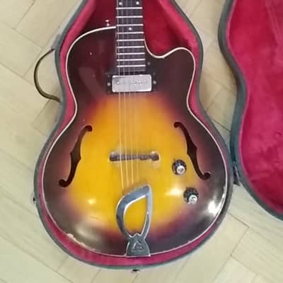 Guild M-65 Freshman 3/4th Sunburst 1964 for sale
