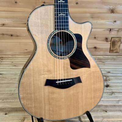Taylor 612ce 12-Fret Acoustic Guitar - Natural