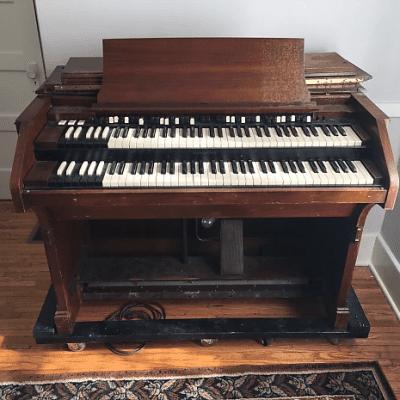 Hammond C2 Organ 1949 - 1954
