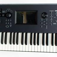 Yamaha Montage 7 76-Key Synthesizer / Keyboard with Motion Control Matrix
