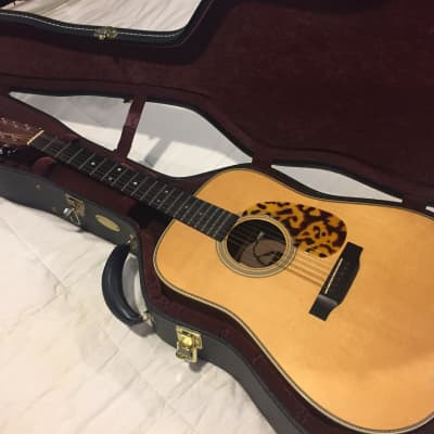 Martin Custom Shop HD-28 w/ 2-channel pickup system and hard case for sale