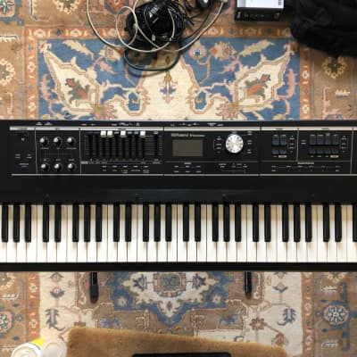 Roland V-Combo VR-730 73-Note Live Performance Keyboard