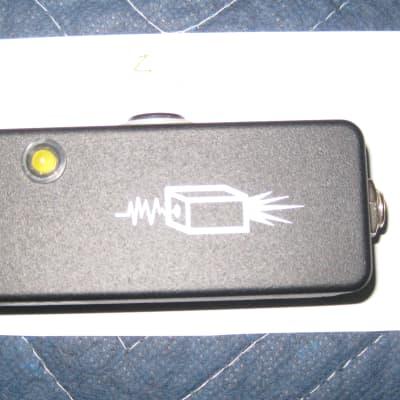 JHS Little Black Buffer w/ original box, confetti.    FREE shipping