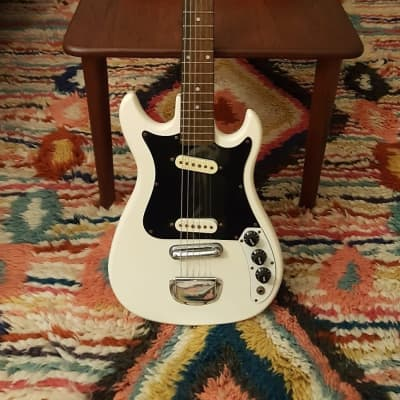 CMI Electric Guitar E 200  ?  White for sale
