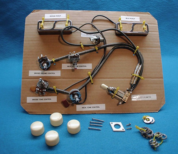 Harmony Rocket H56/1 1968 - Wiring Harness - Gold Foil Pickups - Controls on