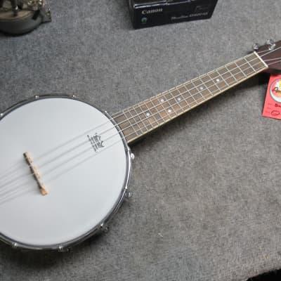 Amahi  Concert Banjo Ukulele