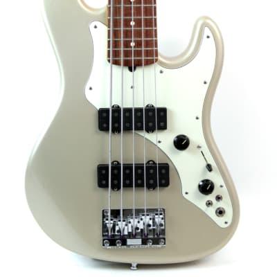 Sonstige Kult Vulfpeck Joe Dart Bobblehead Figur Wackelkopf Fender Bass