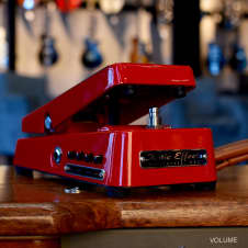 Xotic Wah Limited Edition Red
