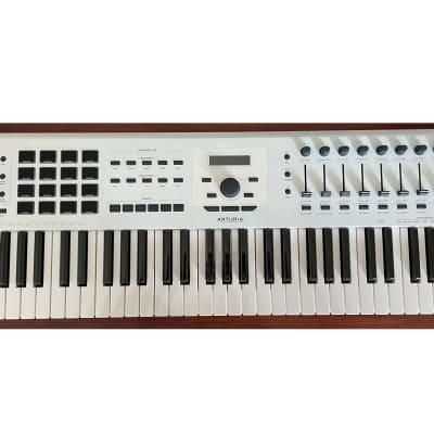 Arturia KeyLab 61 MkII MIDI Controller 2018 - 2021 White