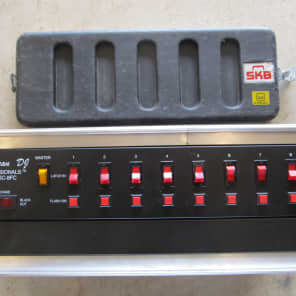 American DJ SC-8FC/SYSTEM 8-Channel Lighting Control System w/ Flash Buttons