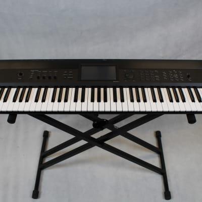 Korg Krome 73 Synthesizer Workstation