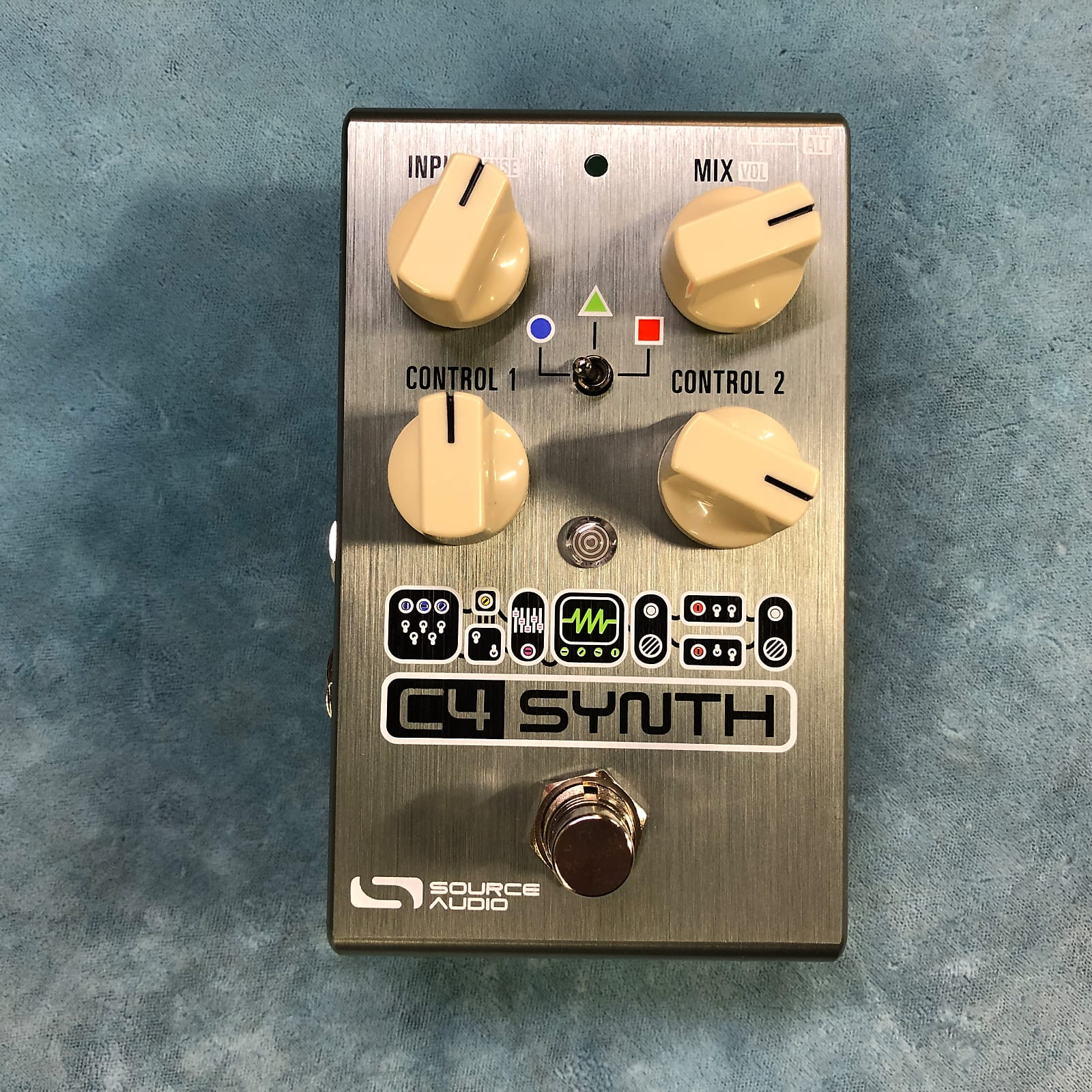 Source Audio SA249 One Series C4 Synth Effects Pedal w/ Box